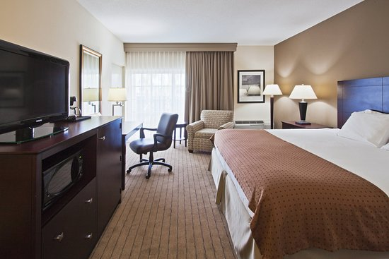 Juno Beach, FL: King Bed Guest Room
