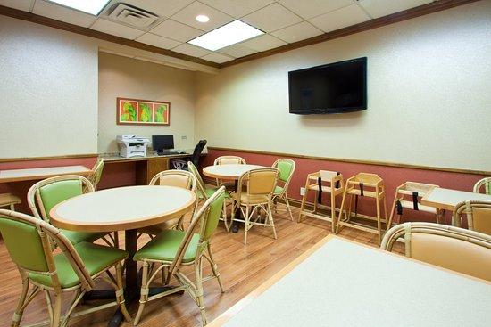 Juno Beach, FL: Breakfast Area
