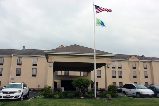 The Wilmington Holiday Inn Express welcomes you!
