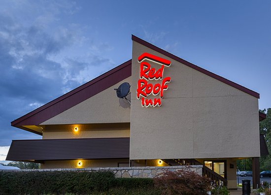 Red Roof Inn Lansing West: Exterior Evening