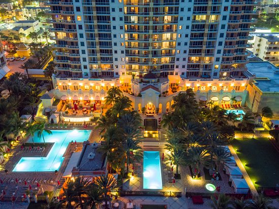 Sunny Isles Beach, FL: Acqualina Resort