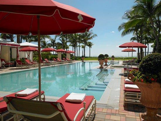 Sunny Isles Beach, FL: Tranquility Pool