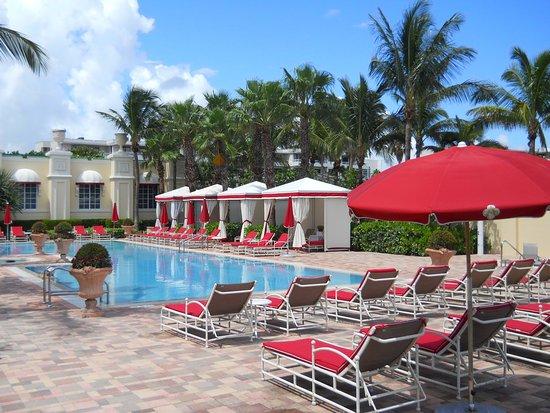 Sunny Isles Beach, FL: Adult Pool