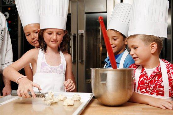 Sunny Isles Beach, FL: Kids In Kitchen