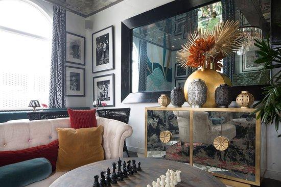 Crescent Hotel Beverly Hills Lounge Interior
