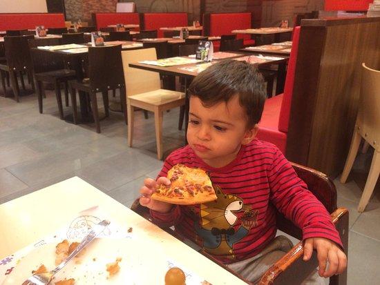 Pizza hut collado villalba fotos n mero de tel fono y - Restaurantes pizza hut ...