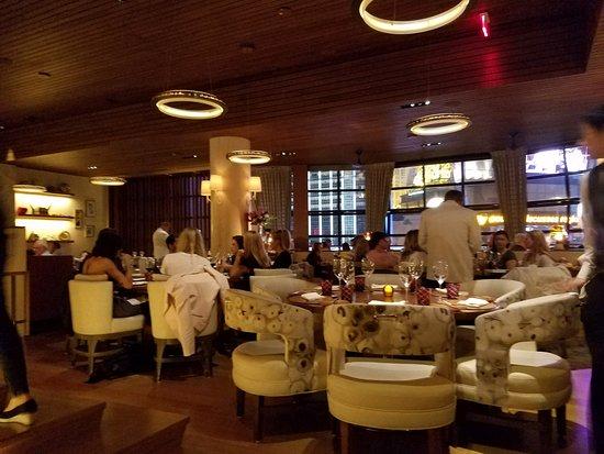 Main Dining Room Windows Overlook Bellagio Hotel Fountain