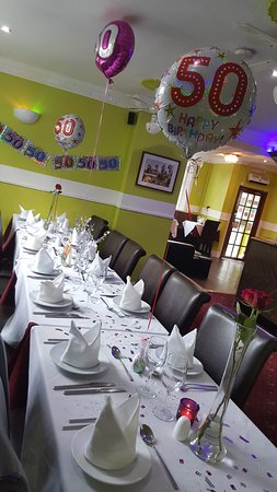 Clay Cross, UK: Decorate 50th  birthday table