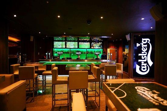 Carlsberg sports bar london soho restaurant reviews