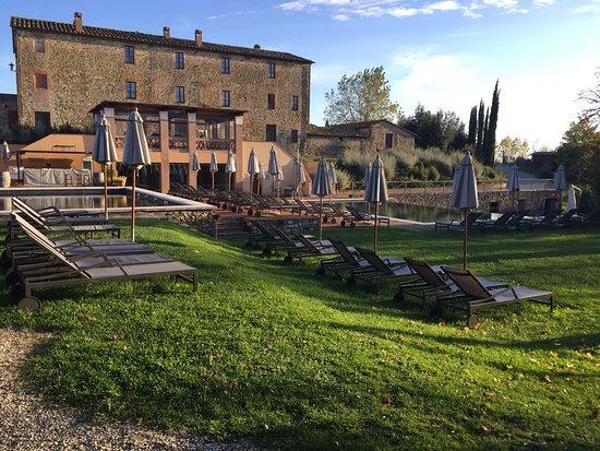 Castel Monastero : photo3.jpg