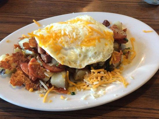 Cindy's Restaurant: Corn beef and kielbasa Great!
