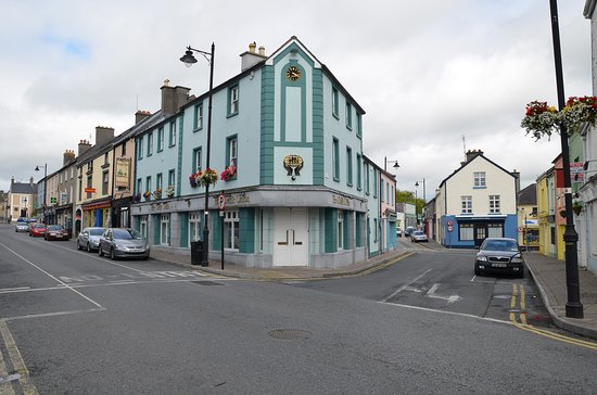 Minnock's Bed & Breakfast: Main Street Birr