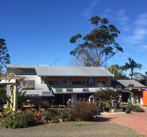 Eagle Heights, Australien: Beautiful gifts and treats to be discovered and it's starting to feel a bit like Xmas at The Whi