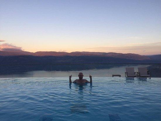 Фотография Sparkling Hill Resort
