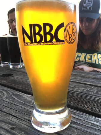 new braunfels brewing co  best local beer ever banana hammock pint and pklfkr jalape  o sniffer   picture of new      rh   tripadvisor
