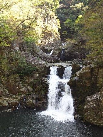 Sandandaki Falls
