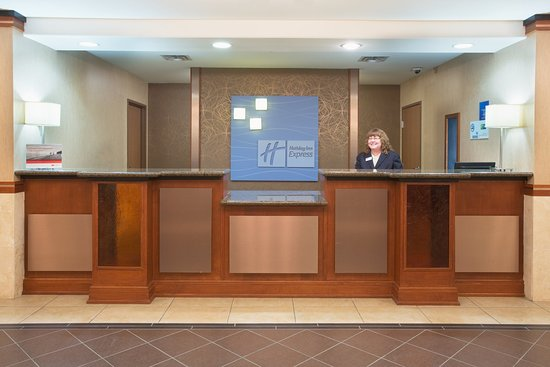 Holiday Inn Express Hotel & Suites Los Alamos Entrada Park: New Check In Desk