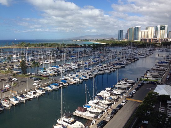Ala Wai Yacht Harbor : photo0.jpg