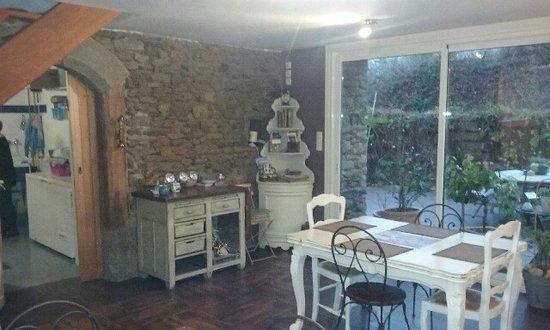 Pleudihen-sur-Rance, Prancis: salle du petit déjeuner
