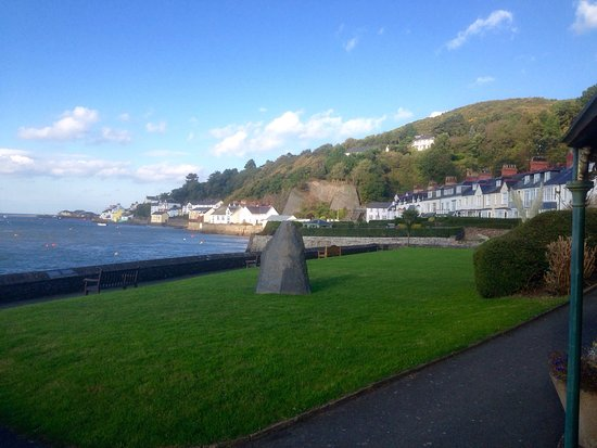 Aberdovey, UK: Views and loos
