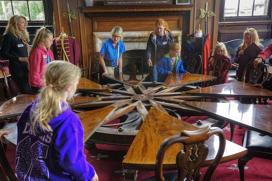 Lancaster, UK: Waring and Gillow's centrifugal table