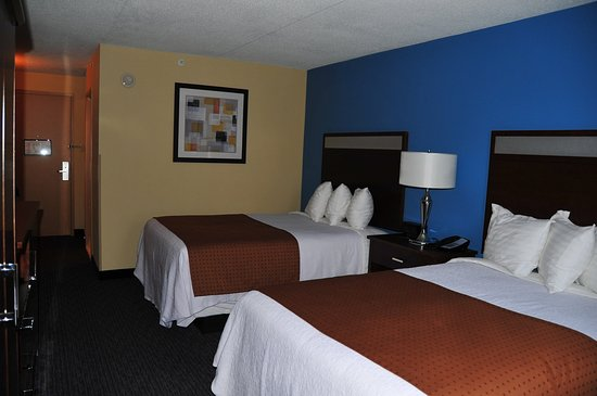Kulpsville, PA: Our rooms with Two Double Beds are perfect for families!