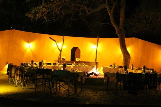 Mohlabetsi Safari Lodge: Diner