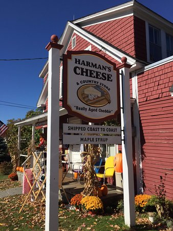 Sugar Hill, NH: Harman's Cheese