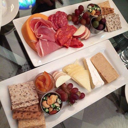 Windham, Estado de Nueva York: Charcuterie and Cheese platters