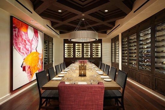 Ojai, Kalifornien: Olivella Wineroom