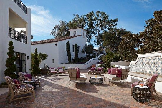 Ojai, CA: Garden Courtyard