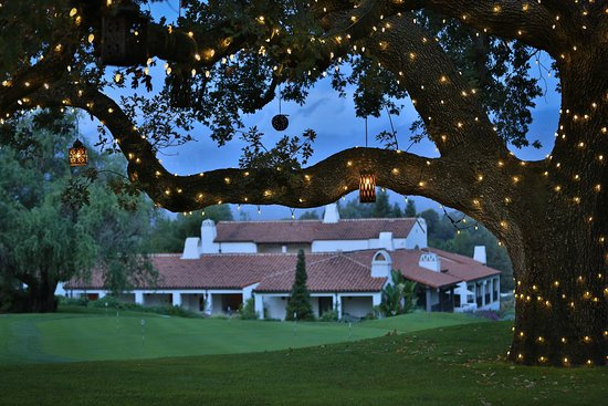 Ojai, CA: Hotel Grounds