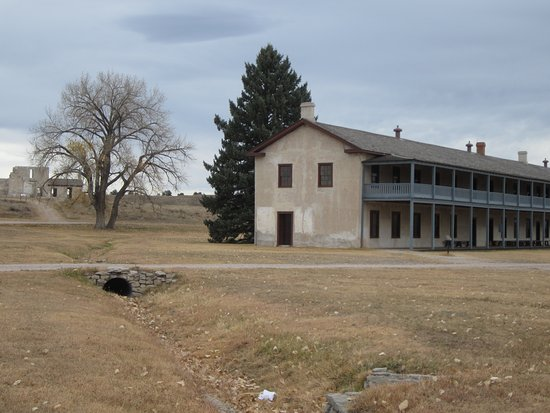 Fort Laramie, WY: barracks open to visitors