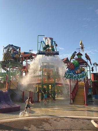Coco Key Hotel and Water Park Resort: photo3.jpg