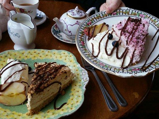 Donaghadee, UK: Raspberry ruffle cheesecake - FANTASTIC