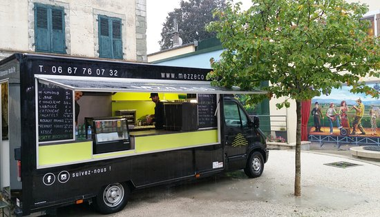 le food truck mezze co photo de mezze co saint. Black Bedroom Furniture Sets. Home Design Ideas