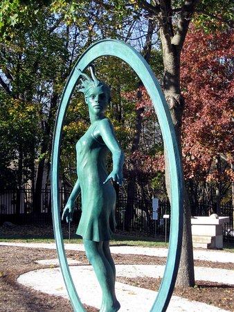 Haan Museum Sculpture Garden照片