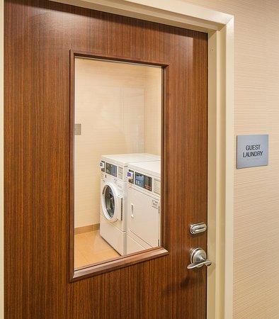 Monaca, PA: Guest Laundry