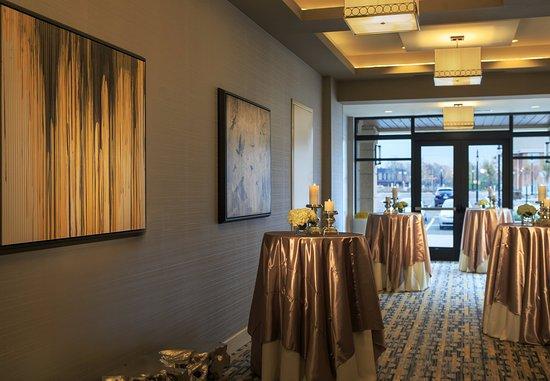 Lansdale, Pensilvanya: Pre-Function Area – Reception Setup
