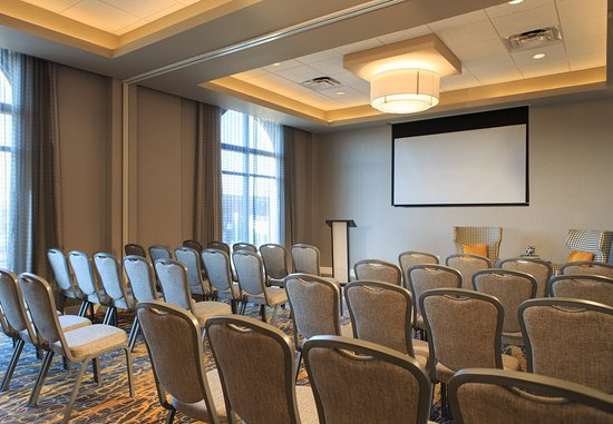 Lansdale, PA: Meeting Room - Theater Style Setup