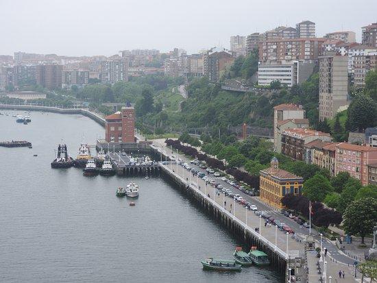 Province de Vizcaya, Espagne : Vista de la ría desde el puente