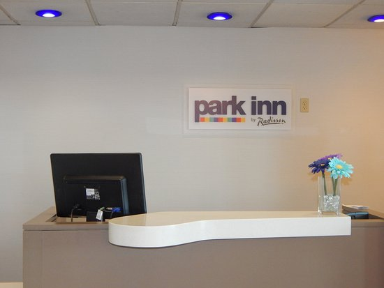 Clarion, PA: Front Desk