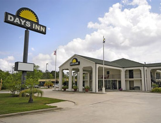 Welcome to the Days Inn Andalusia