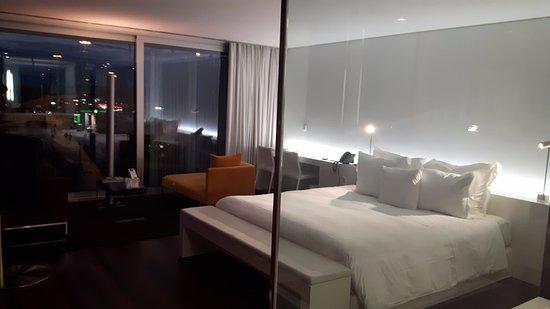 Altis Belem Hotel & Spa: Quarto espaçoso