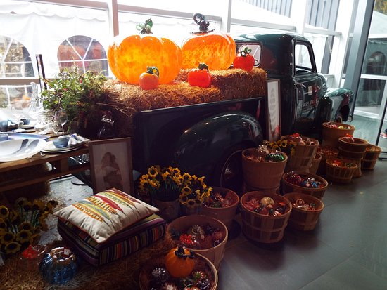 Corning, NY: Display of glass pumpkins, gourds, and flowers