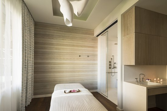 The Ritz-Carlton Spa - Treatment Room