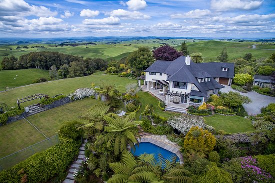 Te Kuiti, New Zealand: Privacy, Luxurious and Spectacular Views!