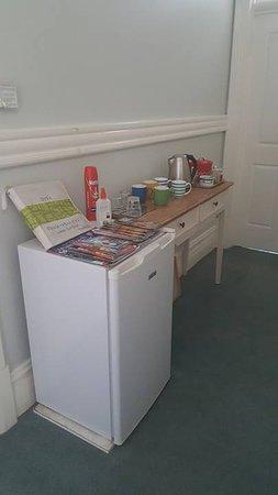 Fremantle Bed and Breakfast: Amenities outside bedroom door