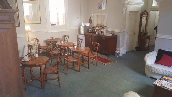 Fremantle Bed and Breakfast : Breakfast Area