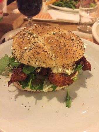 Le Cres, Frankrig: Burger Savoyarde